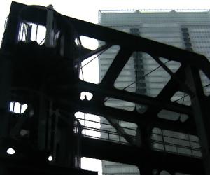 写真素材 東京駅周辺 送水口 螺旋階段 高架下